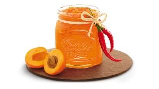 Aprikosenbrotaufstrich mit Chiliflocken mit Gelier Zucker 3plus1