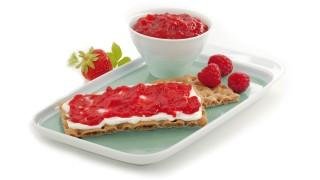 Erdbeer-Himbeer-Brotaufstrich mit Gelier Zucker 3plus1