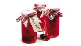 Erdbeer-Kirsch-Brotaufstrich mit Gelier Zucker 3plus1