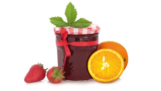 Erdbeer-Orangen-Konfitüre mit Gelier Zucker 1plus1