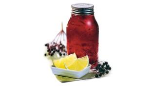 Holunderbeergelee mit Limettenscheiben mit Gelier Zucker 1plus1