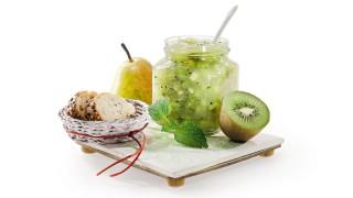 Kiwi-Birnen-Brotaufstrich mit Gelier Zucker 2plus1