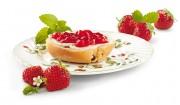 Erdbeerbrotaufstrich mit Zitronenmelisse mit Gelier Zucker 2plus1