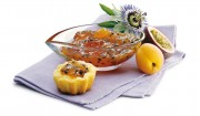 Maracuja-Aprikosen-Brotaufstrich mit Gelier Zucker 2plus1